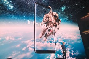 Samsung Galaxy S10 specification & price Display