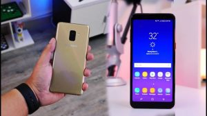 samsung galaxy a8 vs a8 plus display 2