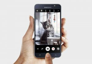Samsung Galaxy J7+ Camera Review